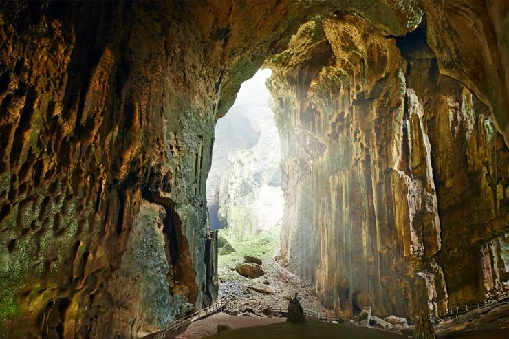 Gomantong Cave in Borneo