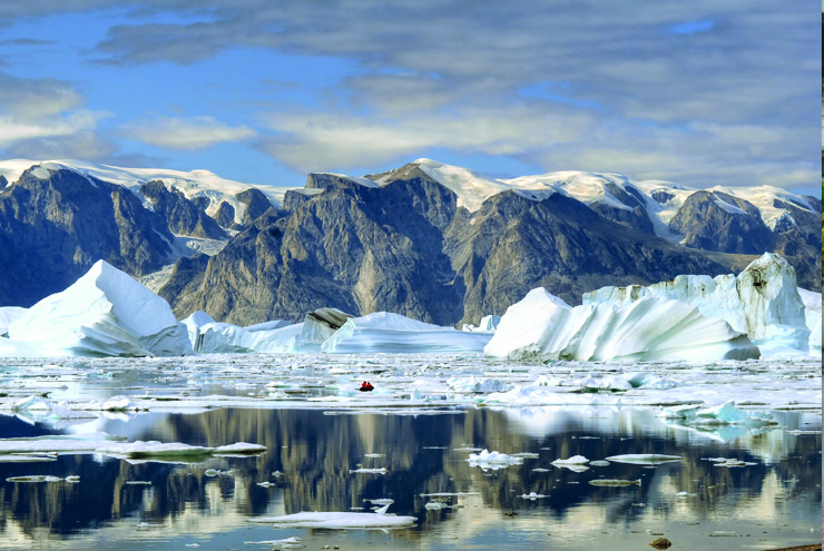 Top 10 cruise journeys - The dramatic icebergs of Greenland, best explored by boat
