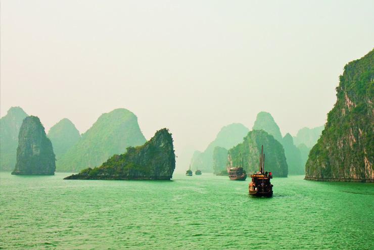 Top 10 cruise journeys - Halong Bay, Vietnam