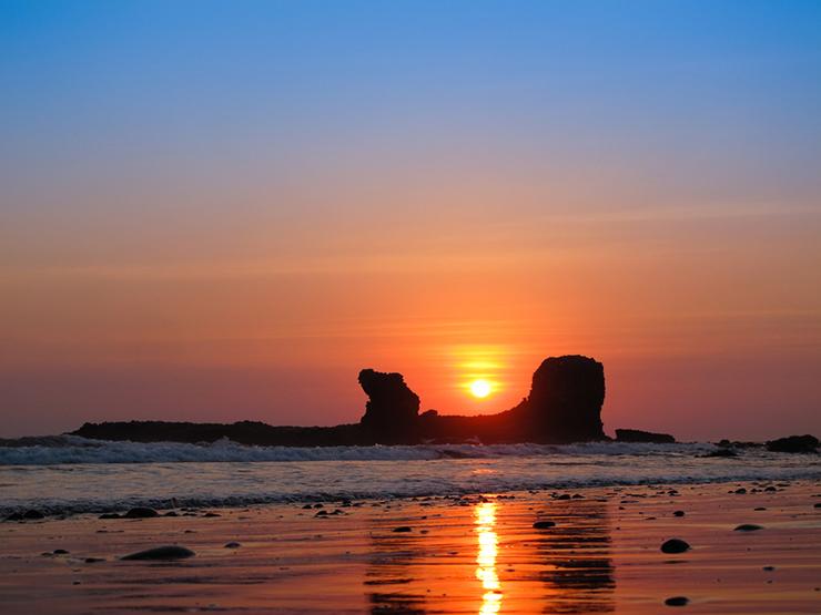 El Tunco in El Salvador is one of our top beach destinations in Central America