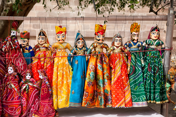 Colorful Rajasthani puppets - things to do in Rajasthan