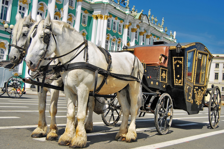 Horse drawn Carriage St Petersberg - most romantic destinations around the world