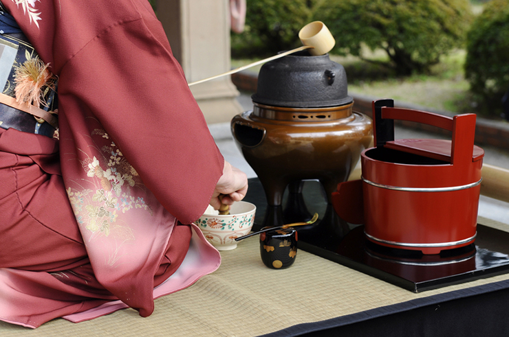 Traditional tea ceremony, a unique cultural experience in Japan