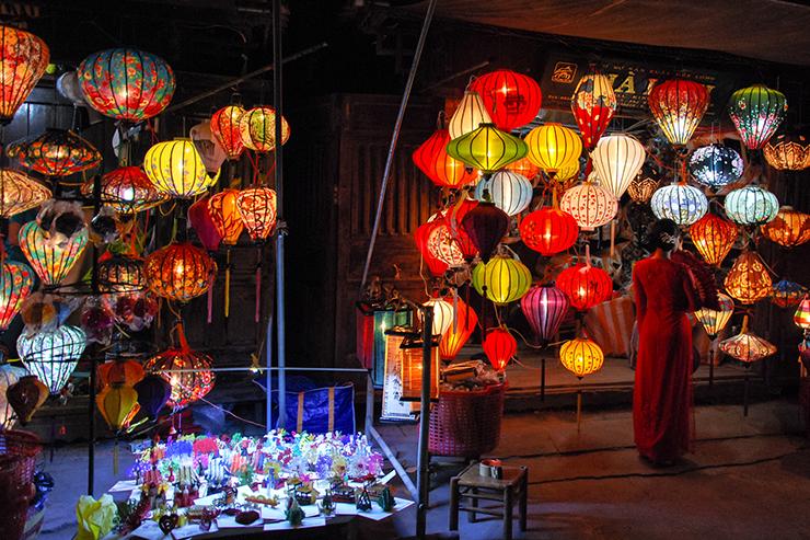Hoi An Night Market