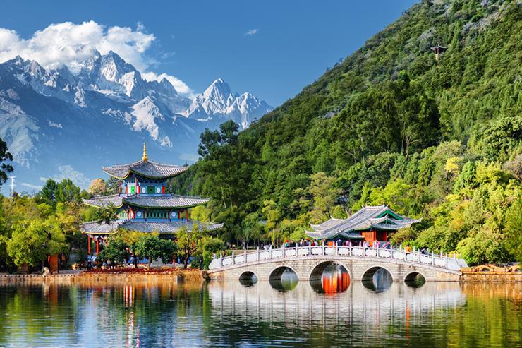 Beautiful view of the Jade Dragon Snow Mountain and the Black Dragon Pool, Lijiang