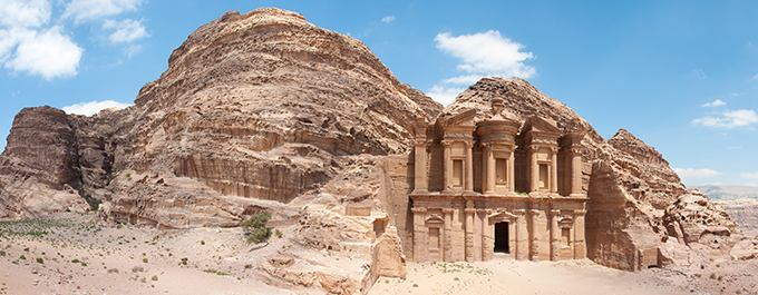 5 reasons why you need to visit Jordan, now!