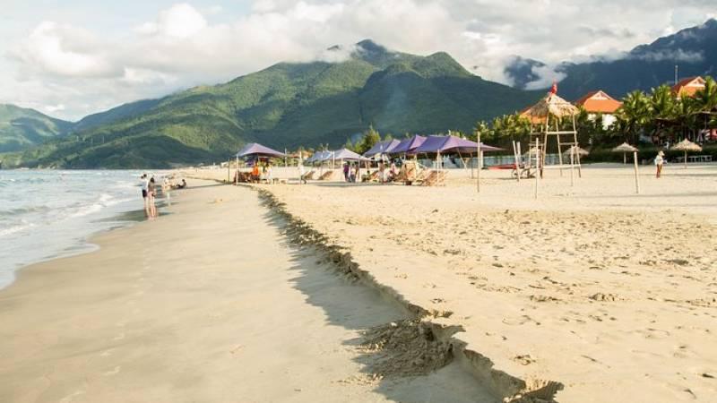 Hai Van Pass & Lang Co Beach Day Trip from Hoi An