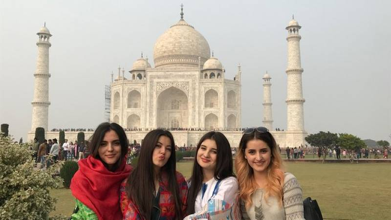 Taj Mahal at Sunrise Private Tour with Agra Fort and Fatehpur Sikri