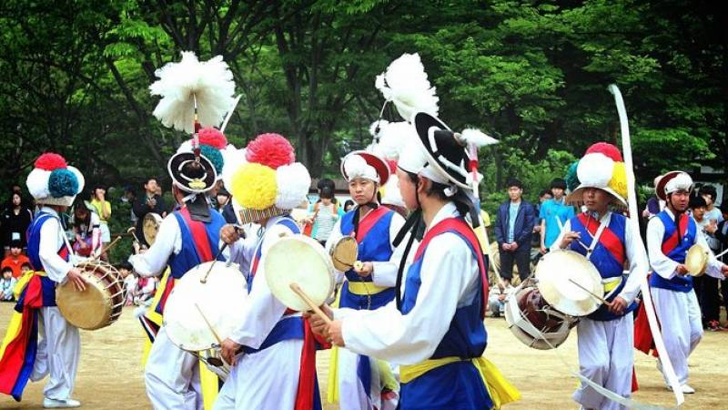 Small Group Half-Day Korean Folk Village Tour from Seoul