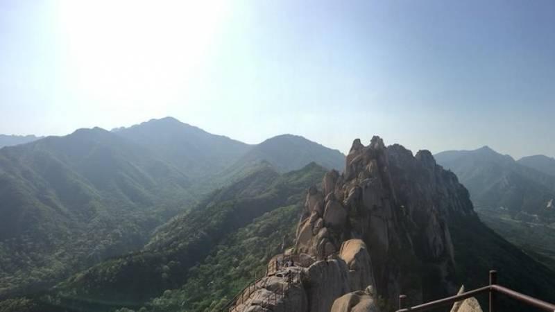 Day Trip to Mount Seorak and Naksansa Temple from Seoul