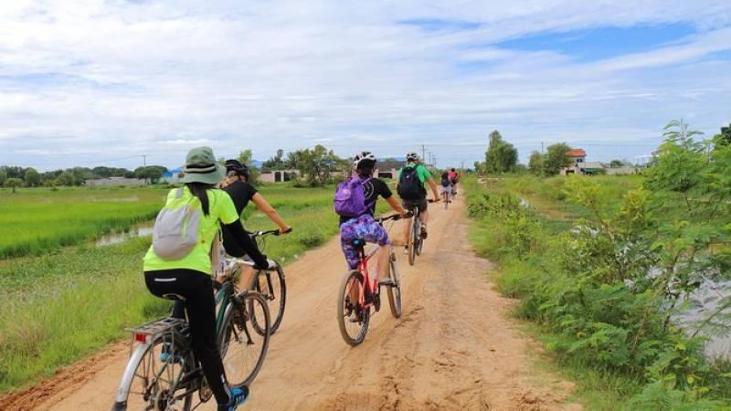 Killing Field & Paddy Rice Fields Bike Ride