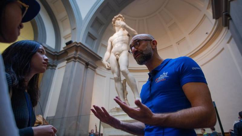 Skip-the-Line to Uffizi & Accademia with Michelangelo's David - Small Group Tour
