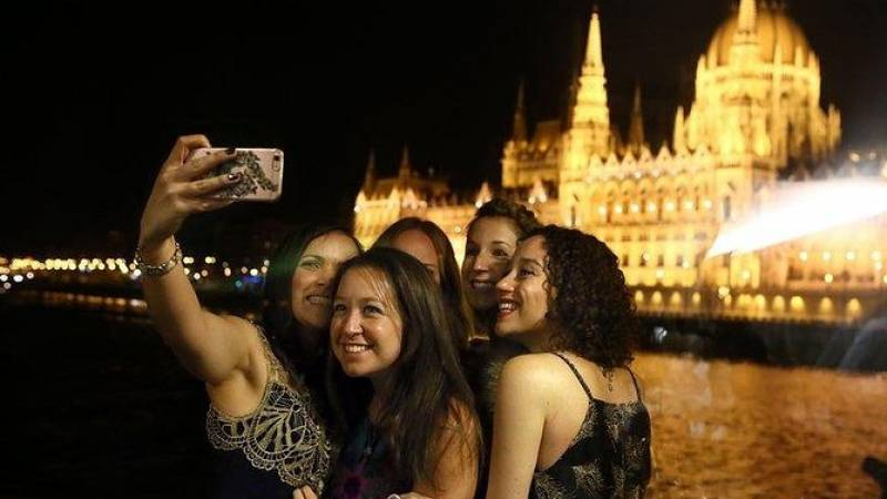 Dinner & Cruise on the Danube in Budapest