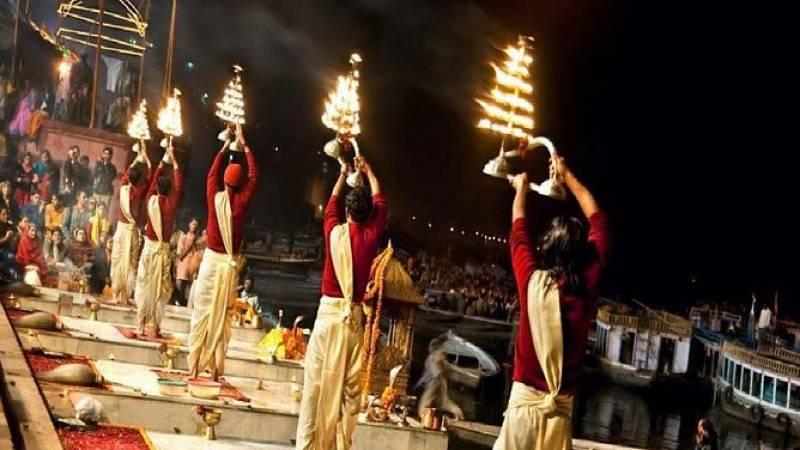 Witness Varanasi evening prayer ceremony with private boat