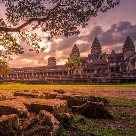 Angkor Wat - dramatic sunset - On The Go Tours