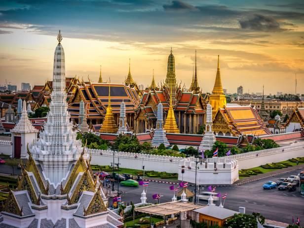 Chatuchak Market in Bangkok - On the Go Tours