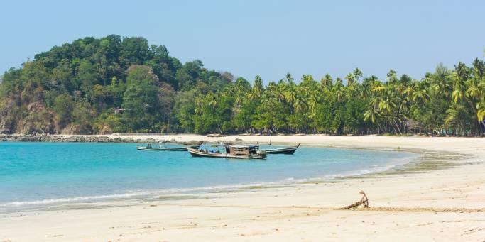 Beach in Ngapali | Myanmar