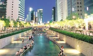 Cheonggyeecheon Stream-South Korea Tours - On The Go Tours