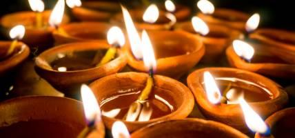 Diwali FAQ page option 2 - tab menu image