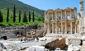 Ephesus-Library-of-Celsus-Turkey