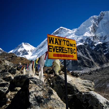 Everest-Base-Camp-Itinerary-Main-Trekking-Trips-Himalayas