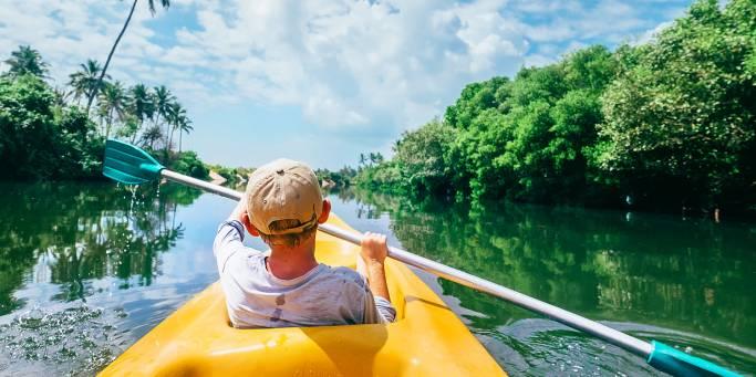 Family canoeing | Sri Lanka