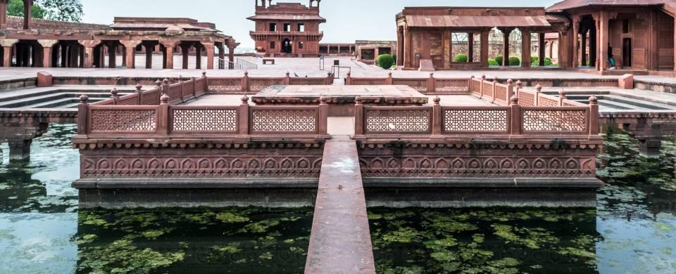 The stunning Fatehpur Sikri building