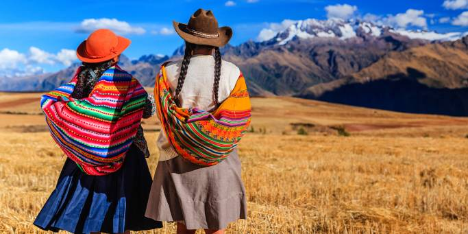 Peruvian girls in the Andes | Peru | South America
