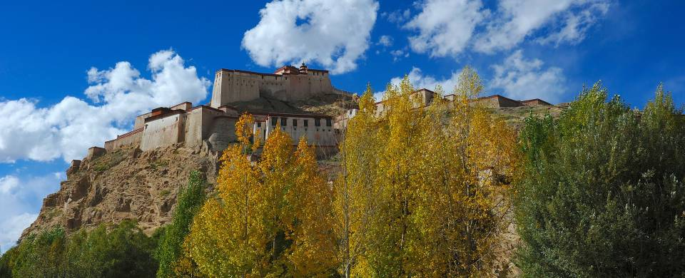 Fort on top of a hill in Gyantse