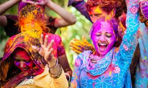Holi new main image 2020 - girl covered in paint