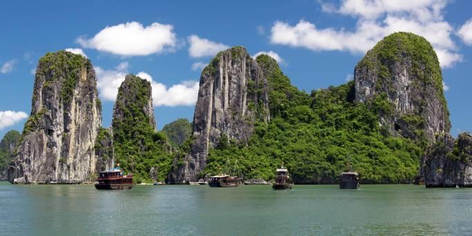 Halong Bay | Vietnam | Southeast Asia