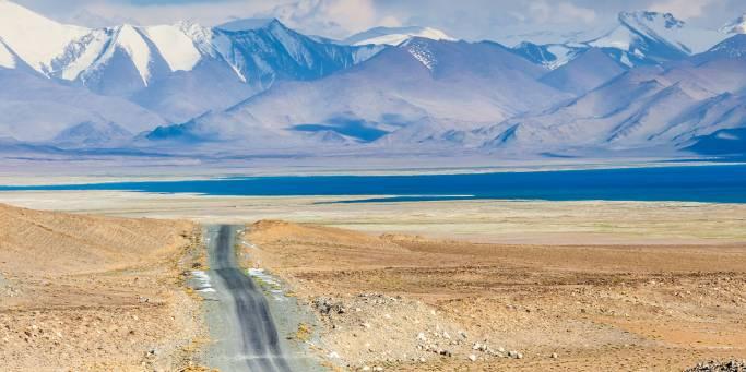 Pamir Highway and Karakul Lake | Tajikistan