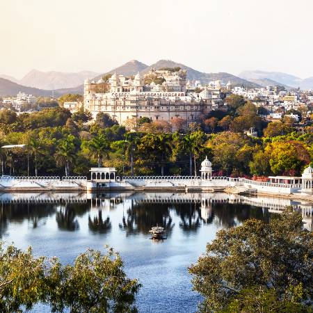 Lake Pichola and Udaipur Palace - India Tours - On The Go Tours