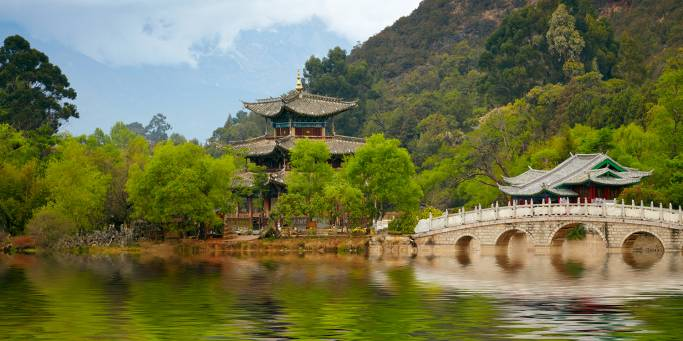 Lake Temple in Lijiang | China