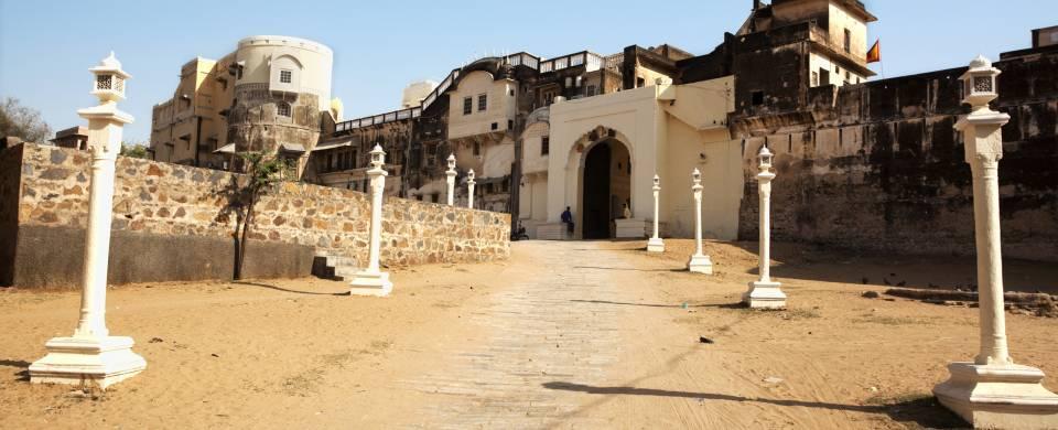 The historical Mandawa Fort in Mandawa