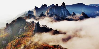Mt-Seoraksan-National-Park-Tab