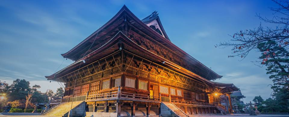 The Zenko-ji hilltop temple in Nagano