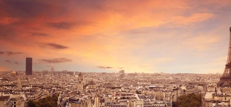 Panoramic view of the Paris skyline and the Eiffell Tower