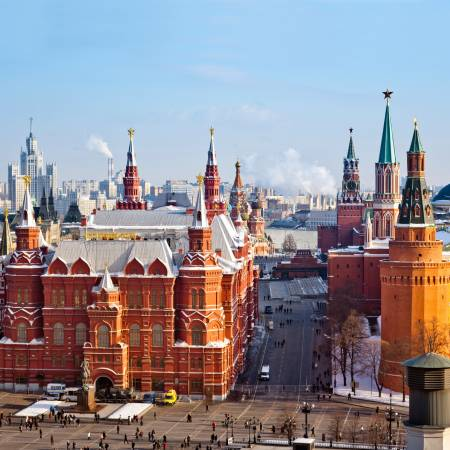 Red-Square-In-Winter-Group_Tours-Russia