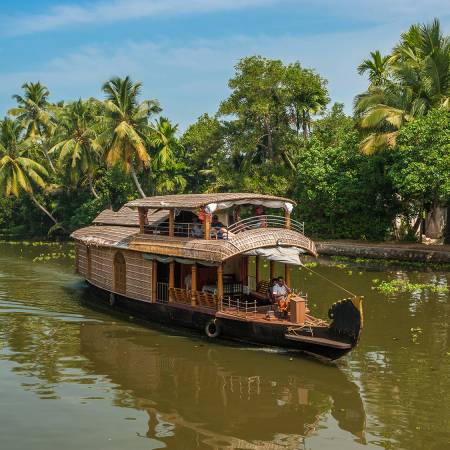 Rice boat in Kerala - India Tours - On The Go Tours