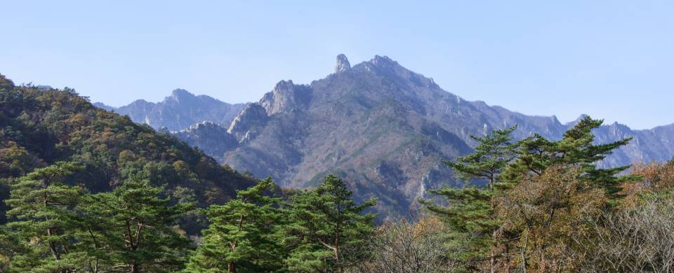 The rugged and beautiful landscape of the Mount Seoraksan National Park