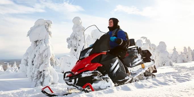 Snowmobiling in Lapland | Finland
