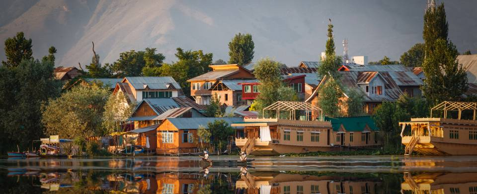 Houses along the edge of the water in Srinagar