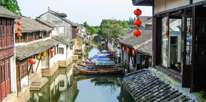 Suzhou's picturesque canals in China