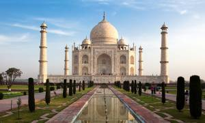 Taj Mahal - India Tours - On The Go Tours