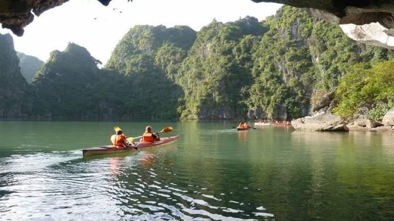 Halong Bay Day Cruise From Hanoi
