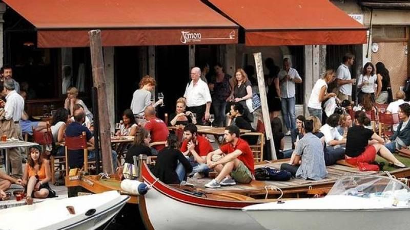 Jewish Ghetto Food Tour in Venice: Pasta Wine Gelato And Much More!