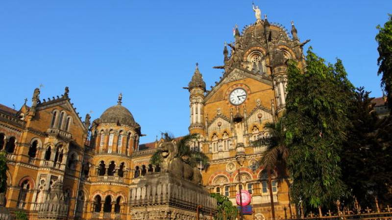 Half-Day Mumbai Sightseeing Tour by Public Transportation