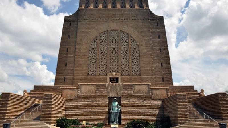 Pretoria Sightseeing Day Trip from Johannesburg
