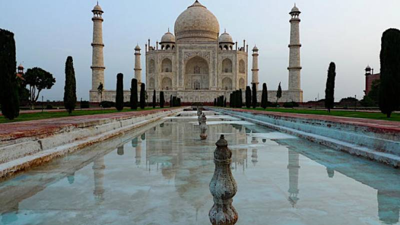 Day Trip to The Taj Mahal and Agra from Delhi by Train